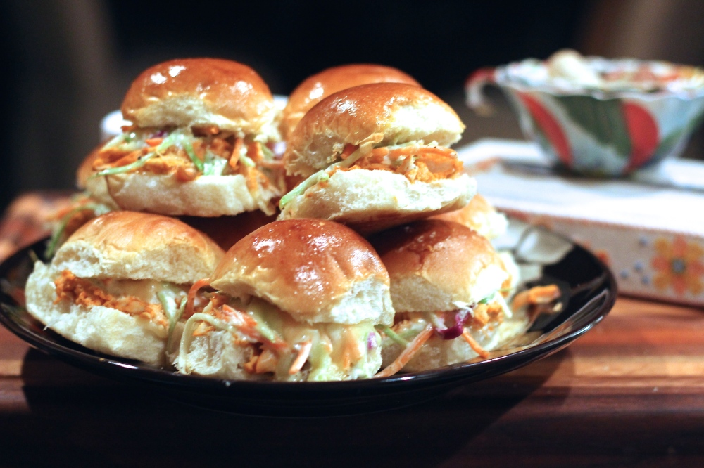 Buffalo Chicken Sliders with Blue Cheese Broccoli Slaw