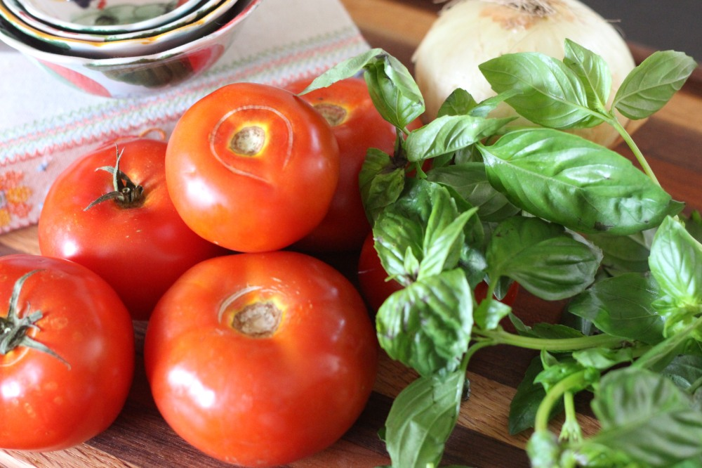 Combination of Beefsteak & Cluster Tomatoes